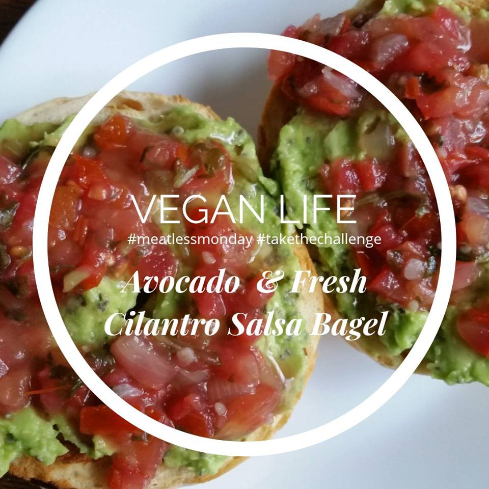 vegan_life_avocado_salsa_bagel